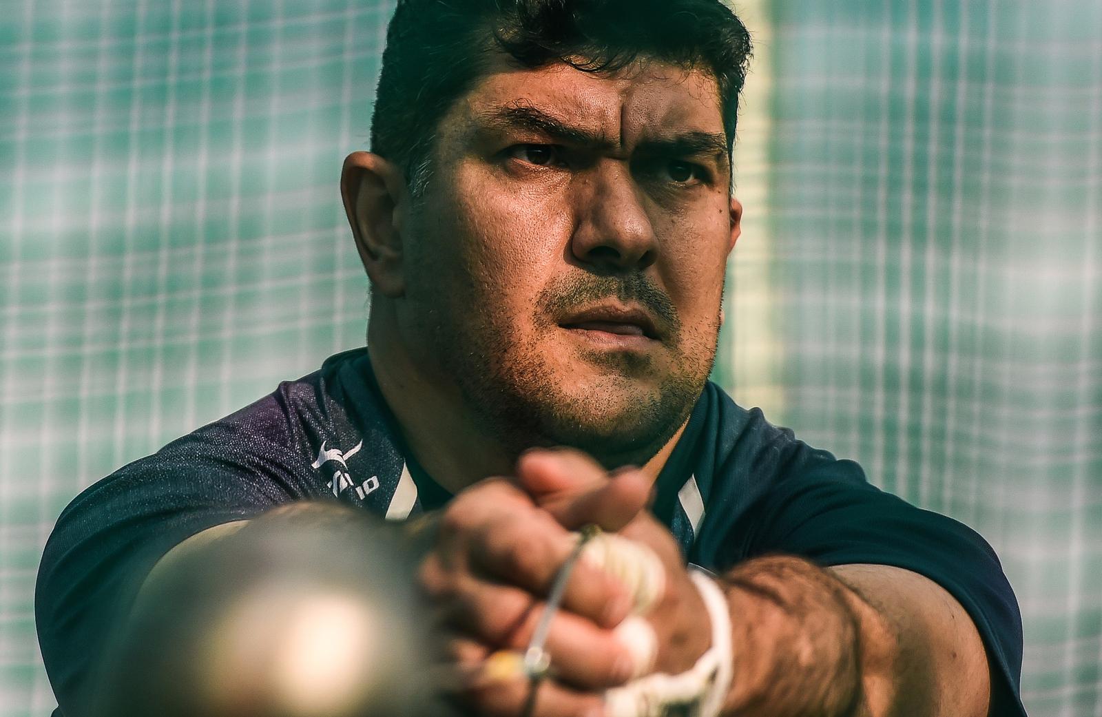 Молотобоец из Таджикистана Дильшад Назаров