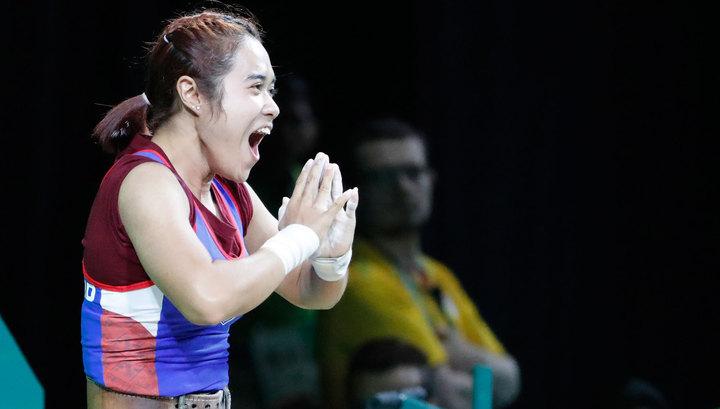 Тайская тяжелоатлетка Сопита Танасан завоевала золото вкатегории до48кг