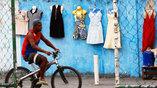 Несмотря на Олимпиаду, для многих горожан жизнь в Рио течет своим чередом