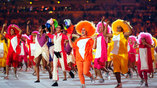 Танцы в преддверии представления сборных на церемонии открытия олимписких игр в рио
