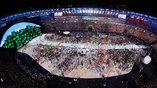 Стадион Маракана с высоты птичьего полета во время парада атлетов