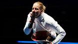 Венгерская шпажистка Эмеше Сас одолела в финале итальянку и принесла своей сборной первое золото