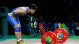 Тяжелоатлет из Поднебесной Лю Сяоцзюнь установил новый мировой рекорд в рывке