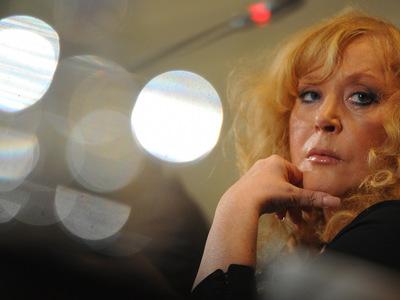 алла пугачева подала иск управляющим школой future star