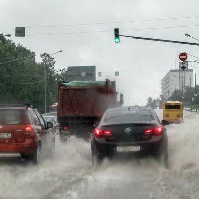 Прошедший дождь не привел к затоплению дорог