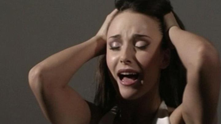 Сексуальные сцены из фильма обреченная стать звездой