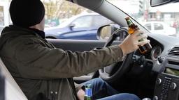 ГИБДД будет проверять на алкоголь и наркотики всех водителей подряд