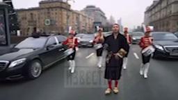 Наглый рэпер перекрыл Новый Арбат ради съемок клипа с