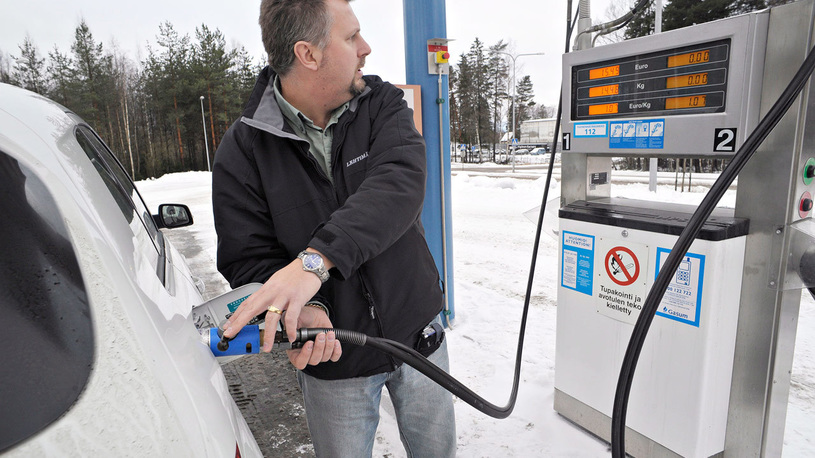 Россия вошла в рейтинг стран с самым дешевым бензином