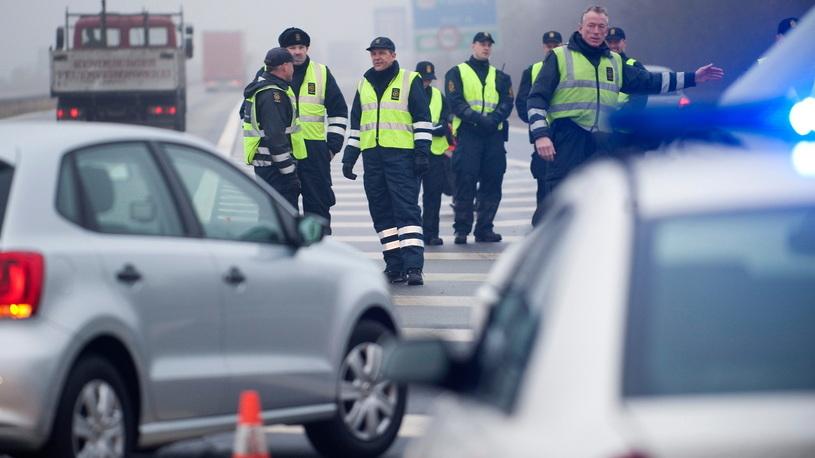 В РФ ужесточили правила временного ввоза автомобилей (на границах очереди!)