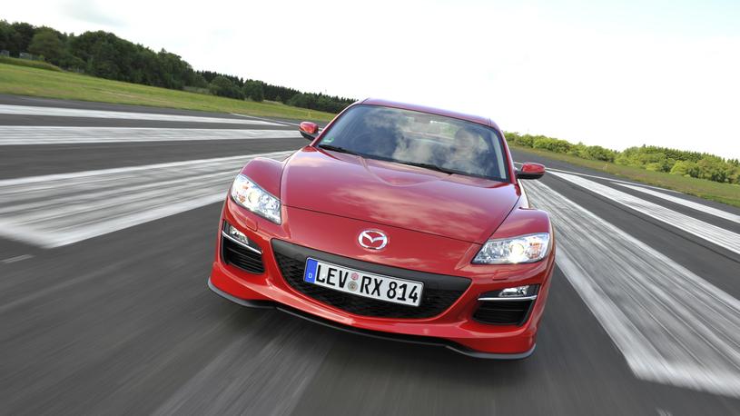 Mazda отзывает в России спорткар и кроссовер