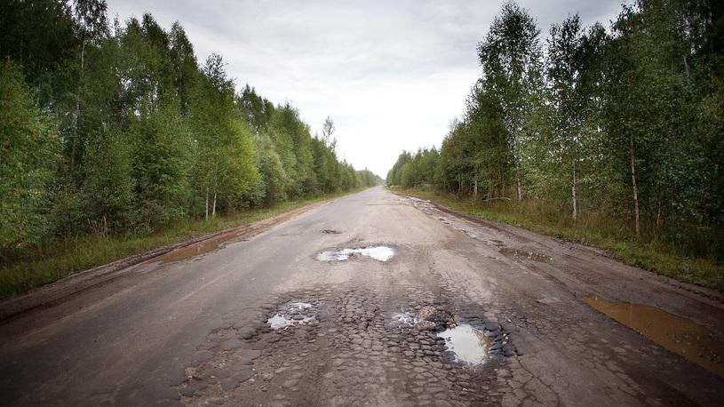 В России нормативам соответствуют менее 40% региональных дорог