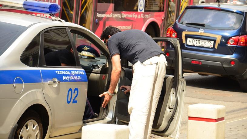 Полицейским могут разрешить вскрывать автомобили