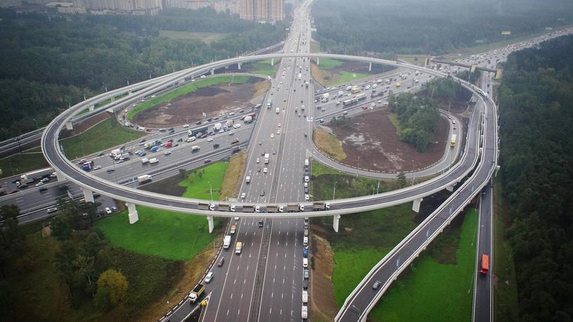 Стало известно, какие дороги починят и какие построят на 70 млрд рублей