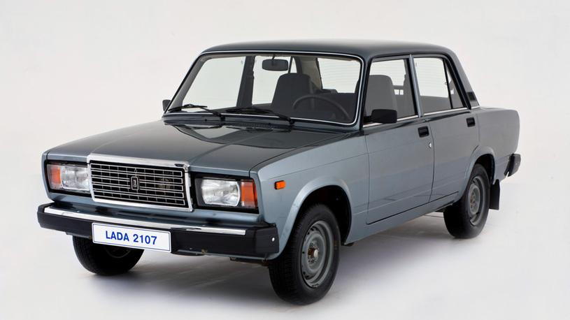 Назван самый популярный кузов в России