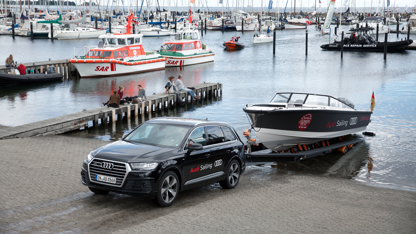 Посчитали-прослезились: автоматическое тягово-сцепное устройство Audi Q7