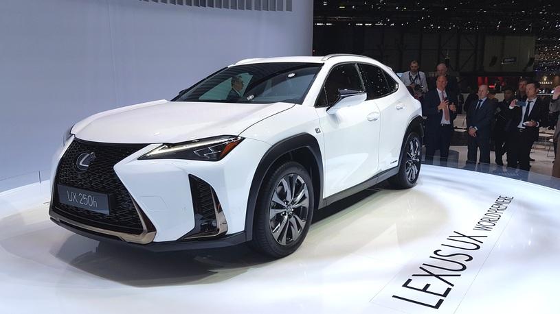 Lexus показал свой самый доступный кроссовер