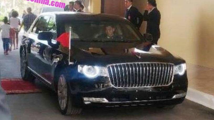 Генсек Китая случайно рассекретил новый правительственный автомобиль