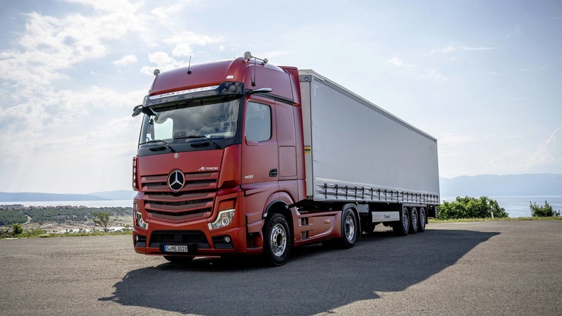 Представлен очень крутой грузовик Mercedes-Benz с камерами вместо зеркал