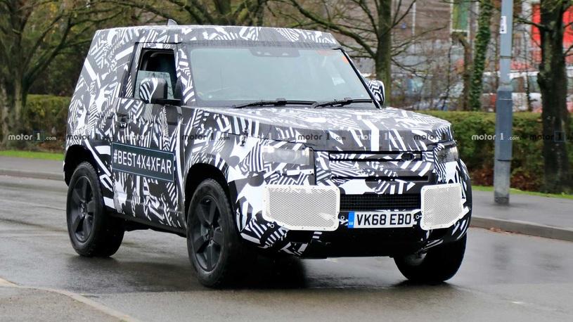 Land Rover Defender вернется в культовом трехдверном кузове