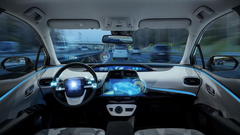 Автомобили-беспилотники сеют страх на улицах и дорогах