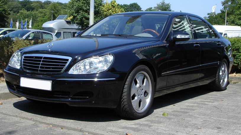 Капиталка с конфискацией: таможня не дала добро владельцу Mercedes-Benz S600L