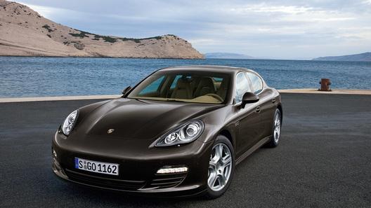 Фирма Porsche готова поделиться шасси Panamera и 911 с партнерами по Volkswagen