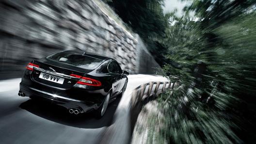 Jaguar XF стал самым роскошным женским автомобилем года