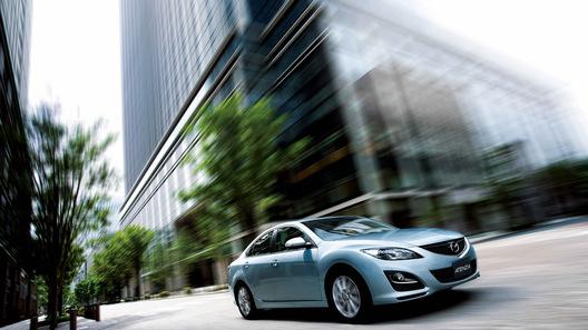 Mazda6 2011 получила легкий рестайлинг в стиле последних веяний компании