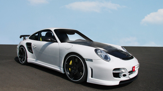 Специалисты Mansory добавили Porsche 997 Turbo углеволокна
