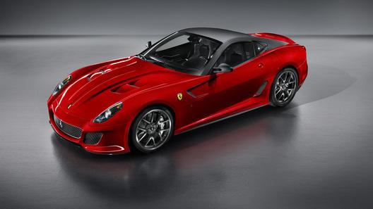 Перед автошоу в Пекине Ferrari раскрывает детали суперкара 599 GTO