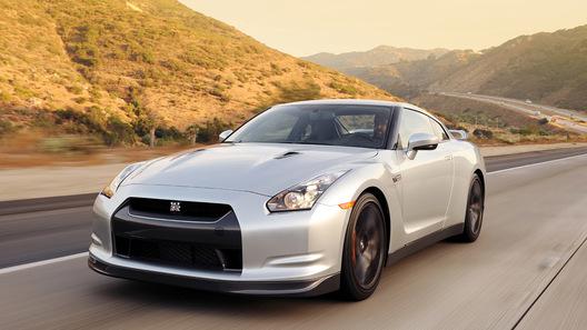 Новый Nissan GT-R может получить мотор мощностью свыше 500 лошадиных сил