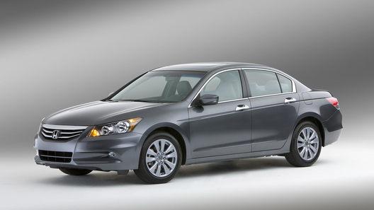 Honda обновила американские версии седана и купе Accord