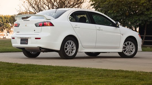 Mitsubishi Lancer заработал высший рейтинг безопасности Top Safety Pick