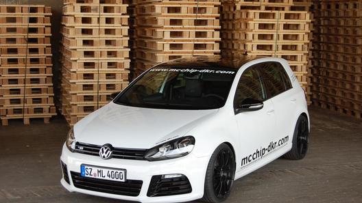 Volkswagen Golf R прокачали до 315 лошадиных сил