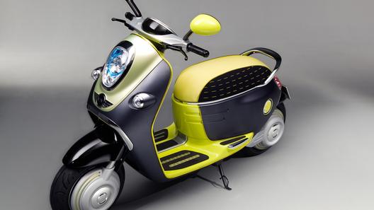 Двухколесный электроскутер от Mini дебютировал в Париже