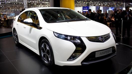 В Швейцарии показали электрокар Opel Ampera