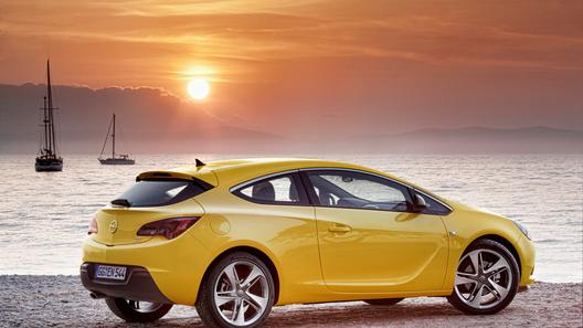 Opel объявил российские цены на новый Astra GTC