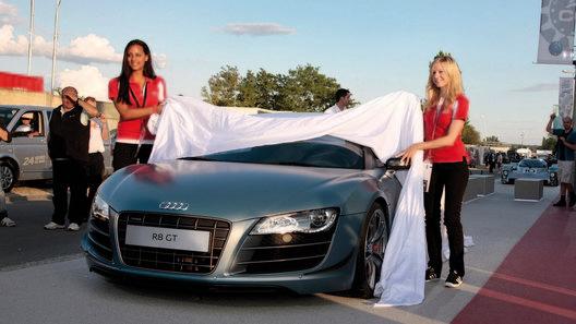 Состоялся официальный показ легкого Audi R8 GT Spyder