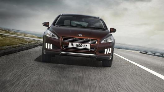 Peugeot представил электро-дизельный гибрид 508 RXH