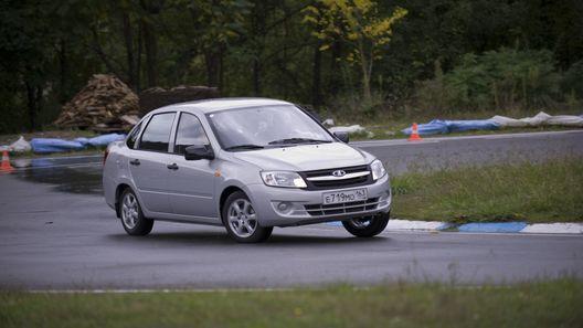 Lada Granta: первый тест-драйв народного автомобиля
