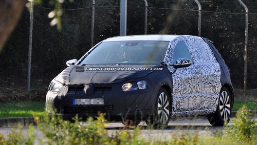 VW Golf седьмого поколения снова попался фотошпионам