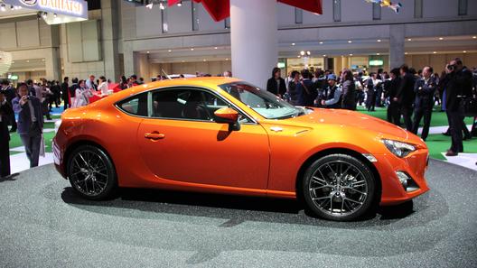 Toyota показала в Токио окончательный вариант купе FT86