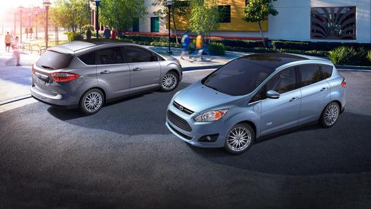 Ford анонсировал два новых гибрида