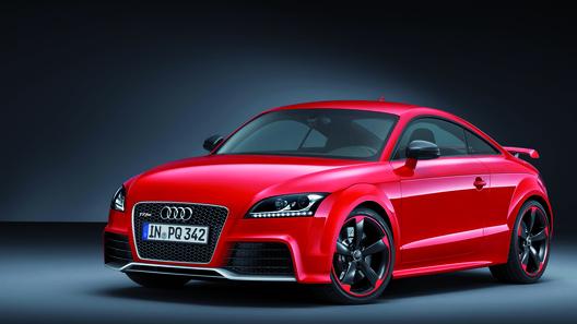 Audi представит в Женеве самую мощную версию спорткара TT RS