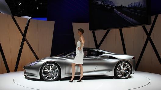 Концепт Infiniti Emerg-E дебютировал в Женеве