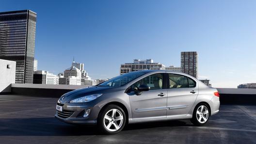 Бюджетный седан Peugeot 408 будет стоить 549 000 рублей