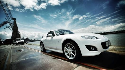 Провожаем Mazda MX-5 на французских просторах