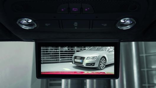 Audi R8 e-tron получит цифровое зеркало заднего вида