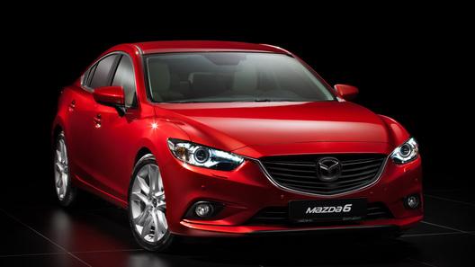Лучшим автомобилем среднего класса на ММАС стала Mazda6